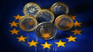 crypto world evolution trading bot griechenlands krise und deutsche kriegsschulden
