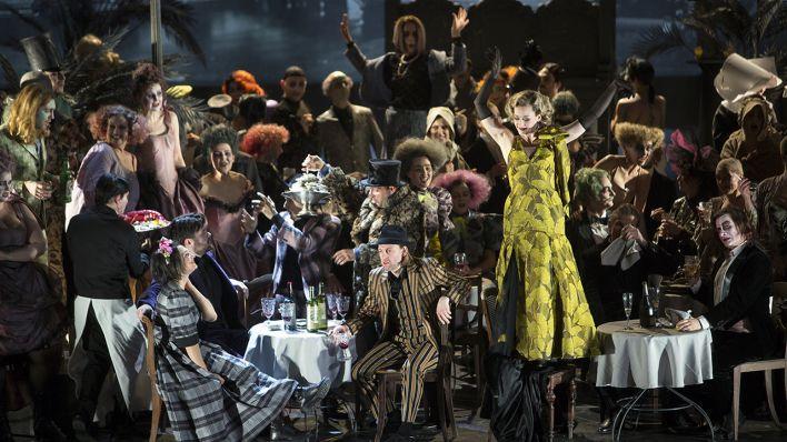 Komische Oper Berlin La Bohème Rbbkultur