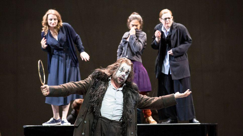 "Beginn der ""Ring""-Tetralogie - Deutsche Oper Berlin: ""Das Rheingold"""