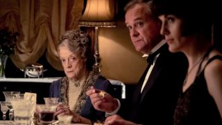 DOWNTON ABBEY, Hugh Bonneville, Maggie Smith