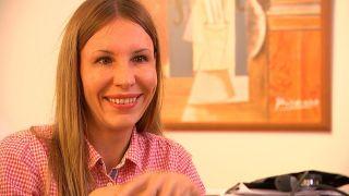 Elena Sedych arbeitet in einer Praxis im Prenzlauer Berg an ihrem Facharzt für Allgemeinmedizin