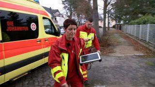 Anja Albrecht bei Dienst als Notärztin in Königs Wusterhausen