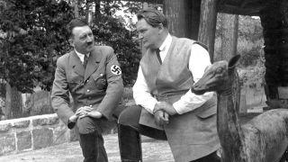 Adolf Hitler und Hermann Göring in Carinhall. © rbb/Library of Congress