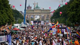 Christopher Street Day vor dem Brandenburger Tor, Foto: rbb