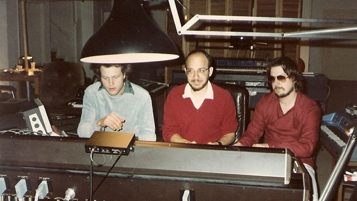 Johannes Schmoelling, Paul Brickmann, Christoph Franke in Berlin Spandau 1983 (Quelle: Tangerine Dream)