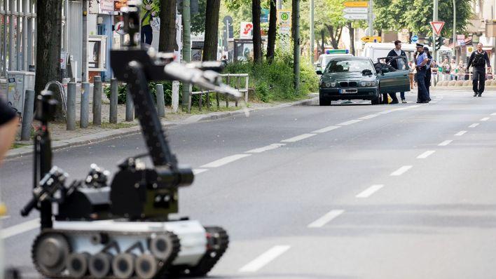 mann in berlin festgenommen verd chtiges auto in sch neberg entpuppt sich als harmlos rbb 24. Black Bedroom Furniture Sets. Home Design Ideas