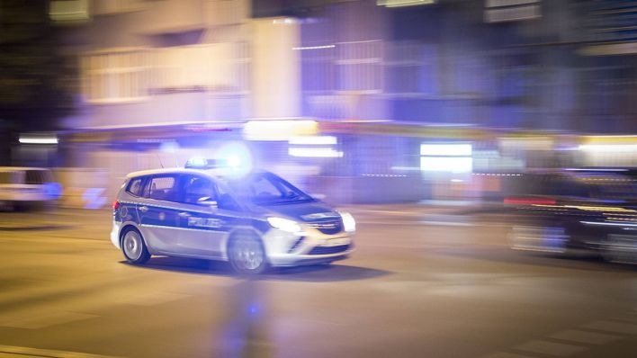 berlin gesundbrunnen polizisten bei schl gerei zwischen familien angegriffen rbb 24. Black Bedroom Furniture Sets. Home Design Ideas