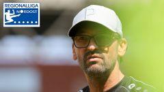 Trainer Claus-Dieter Wollitz von Energie Cottbus. Quelle: imago/Steffen Beyer