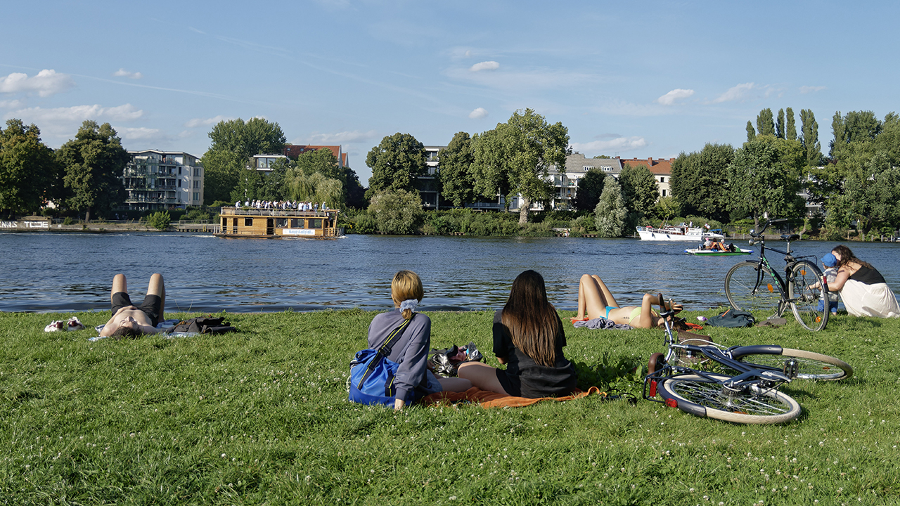 Sommerwetter in Berlin (Quelle: dpa/Global Travel Images)