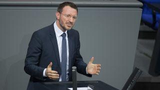 Archivbild: Jan-Marco Luczak (CDU/CSU) spricht bei der 136. Sitzung des Deutschen Bundestags. (Quelle: dpa/J. Carstensen)