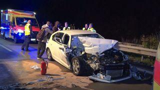 Autounfall auf der A9 bei Niemegk (Brandneburg) (Bild: TeleNewsnetwork)