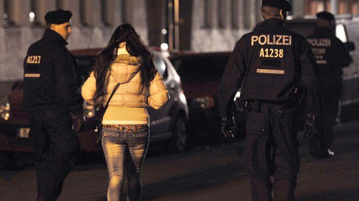 Berlin oranienburger prostitution strasse 5 Ecken