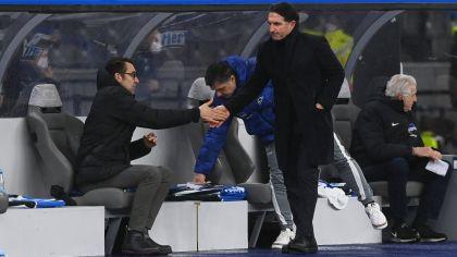 Michael Preetz (l.) und Bruno Labbadia (r.) nach dem Spiel gegen Werder Bremen. Quelle: imago images/Matthias Koch | imago images/Matthias Koch