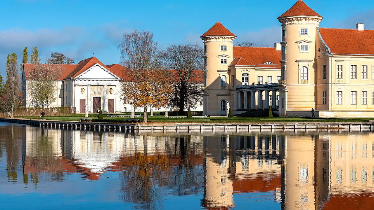Schloss Rheinsberg , Brandenburg, Deutschland (Quelle: dpa/Karl-Heinz Spremberg)