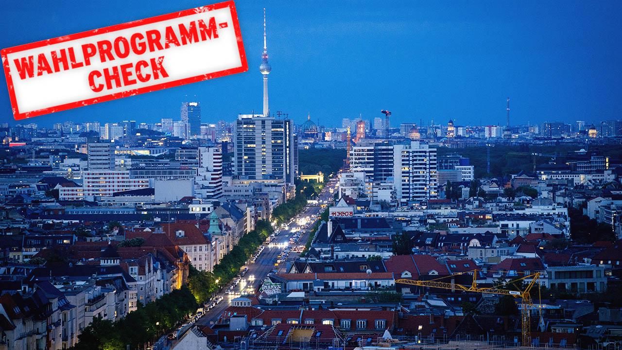 Symbolbild: Blick auf den Fernsehturm in der Hauptstadt am Abend. (Quelle: dpa/K. Nietfeld)