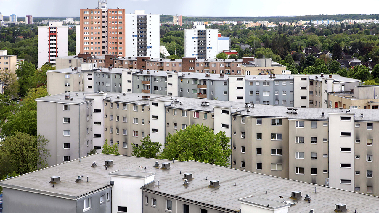 Ein Teil von Spandau ist das Falkenhagener Feld, hier gibt es viele Wohnungen von Vonovia und der Deutsche Wohnen. (Quelle: imago images/Sabine Gudath)