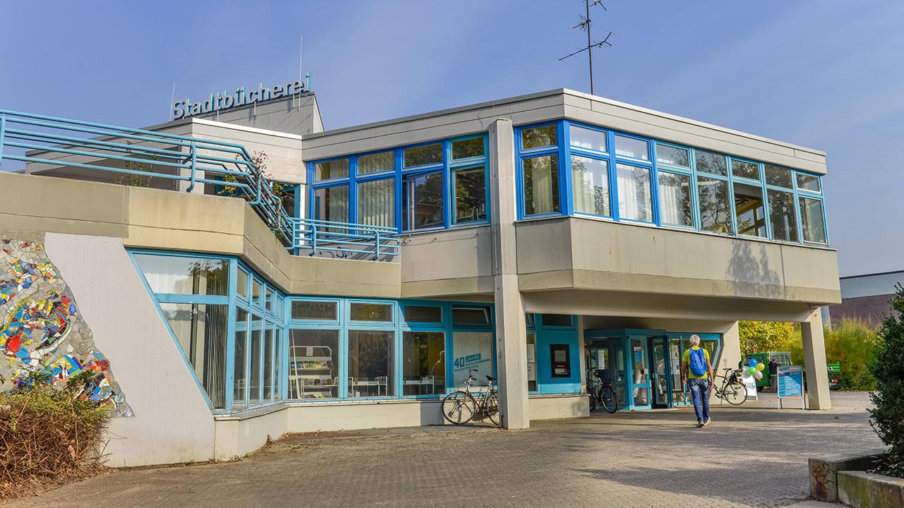 Bezirkszentralbibliothek Tempelhof von außen (Quelle: imago-images)