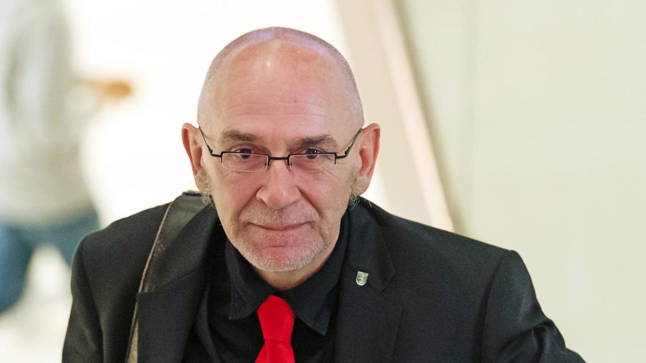 Harald Sempf, SPD-Schatzmeister in Brandenburg, kommt zur Sitzung von Landesvorstand, Landesausschuss und Landtagsfraktion. (Quelle: dpa/Soeren Stache)
