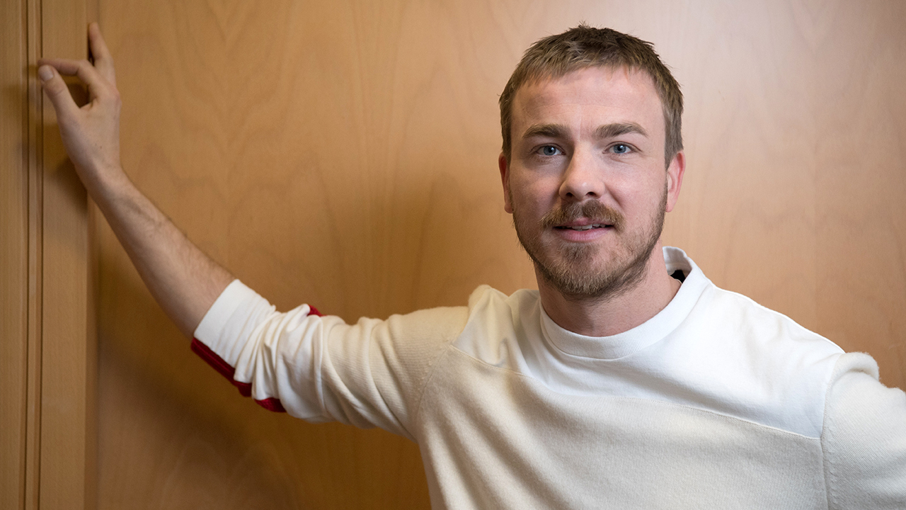 Der Schauspieler Albrecht Schuch (Quelle: dpa/Carstensen)