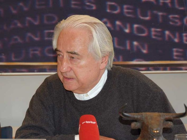 Presseinformation 017/2009 vom 10.02.2009 - <b>Peter Leonhard</b> Braun wird 80 <b>...</b> - size%3D708x531